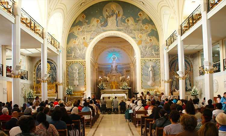 Chapel of Our Lady of the Miraculous Medal - Guided Tour