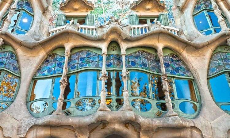Casa Batlló Blue ticket with SmartGuide Experience