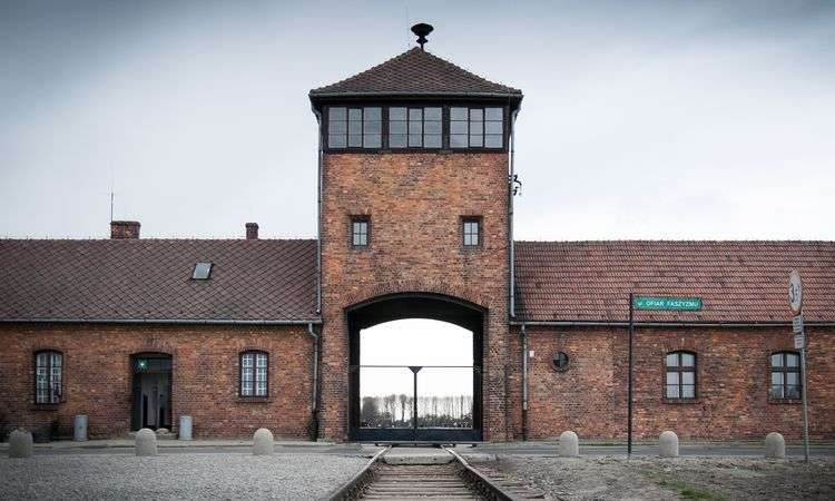 Auschwitz-Birkenau Museum & Camp Guided Tour from Krakow