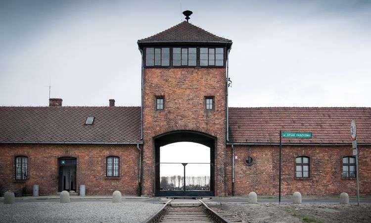 Auschwitz-Birkenau Museum & Camp Guided Tour from Krakow