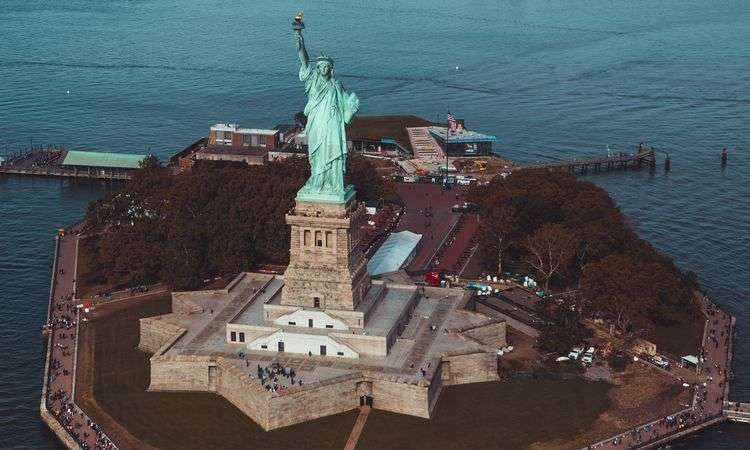 Statue of Liberty Guided Tour with Pedestal Access