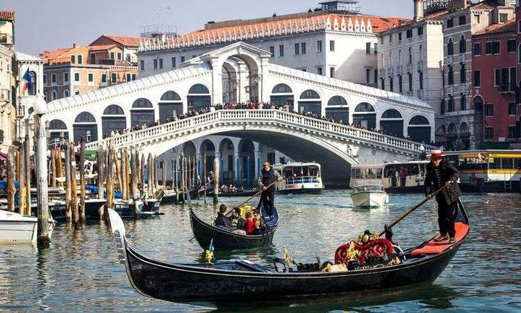 Venetian Canals Gondola Ride with Serenade