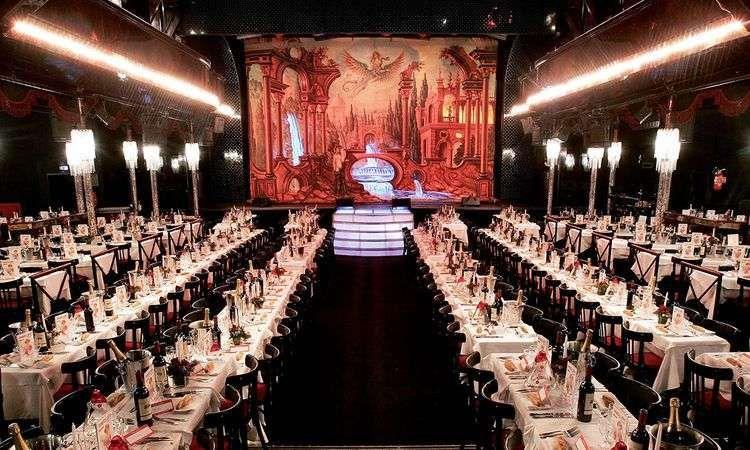 Cabaret Paradis Latin : Festival Dinner & Show
