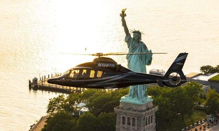 Tour nocturne en Hélicoptère au dessus de New York